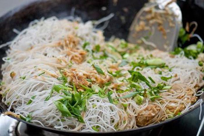 Học cách chế biến bún gạo khô hữu cơ thành món ăn thơm ngon, bổ dưỡng   Organica